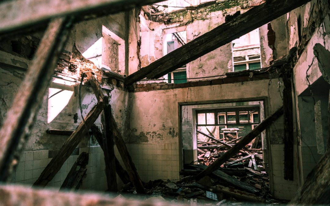 RBS-blog-image-Gods-justice-painful-mercy-broken-abandoned-building-architecture- Francesco Paggiaro-pexels