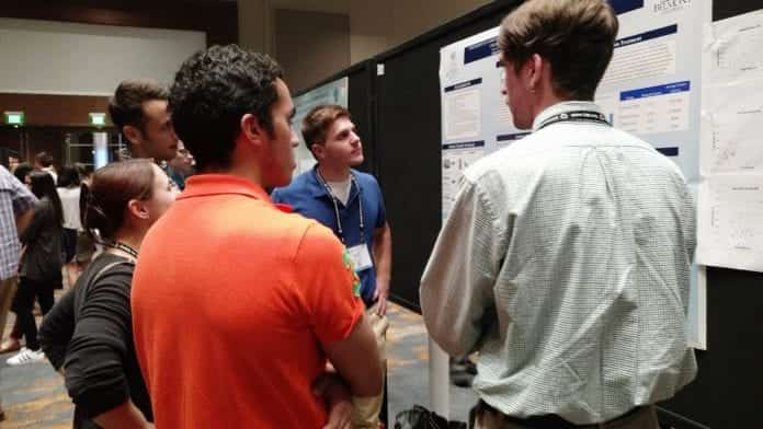 Neuroscience students participate at a conference.