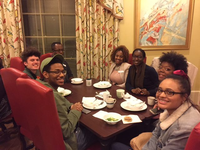 Belmont and Fisk Honors students sitting at the dinner table