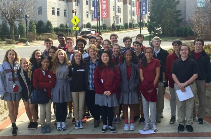 Students pose for a photo while visiting Belmont's campus