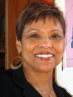 Joyce Searcy Headshot
