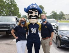Vickey and Dondi Costin welcome the Class of 2024 on Move-In Day at Charleston Southern